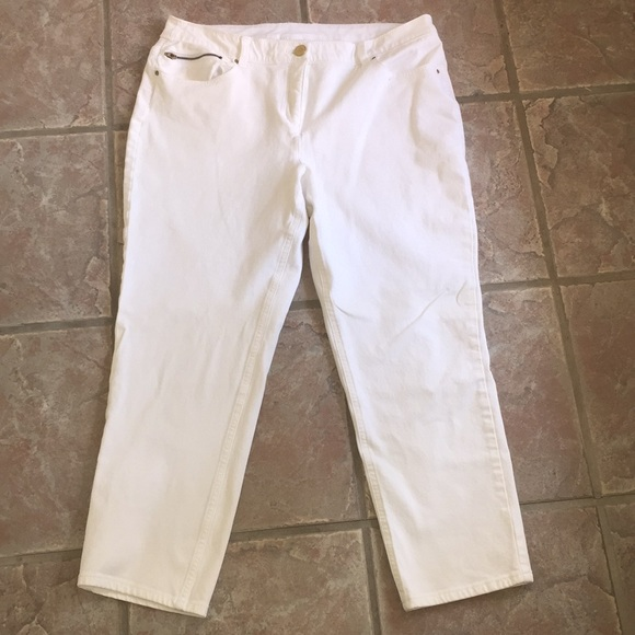 1a14ff87a3fab8 Chico's Pants | Chicos So Slimming White Denim Capris Sz 2 | Poshmark